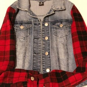 ❣️Like NEW Denim Jacket with red plaid sleeves❣️